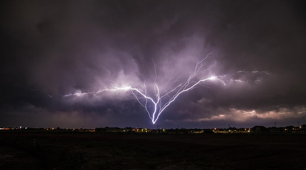 Lighting Storm in Edmond, OK.