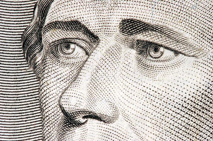 hamilton zoom from 10 bill